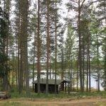Holzhäuschen im Wald mit Blick auf den Pielinen See ©Foto: Tarja Prüss | Tarjas Blog - Reiseblog Finnland