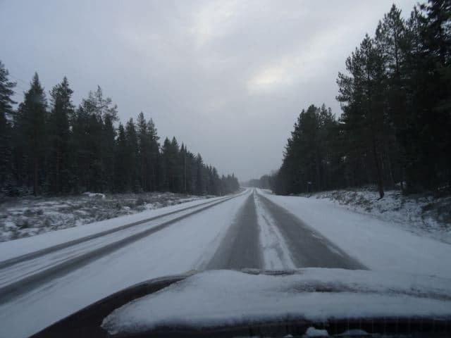 Unterwegs in Finnland: verschneit Straßen: copyright: tarja prüss