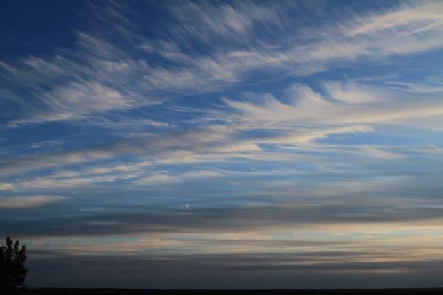 Wind zerrt die Wolken auseinander -Helsinki - Copyright: Tarja Prüss