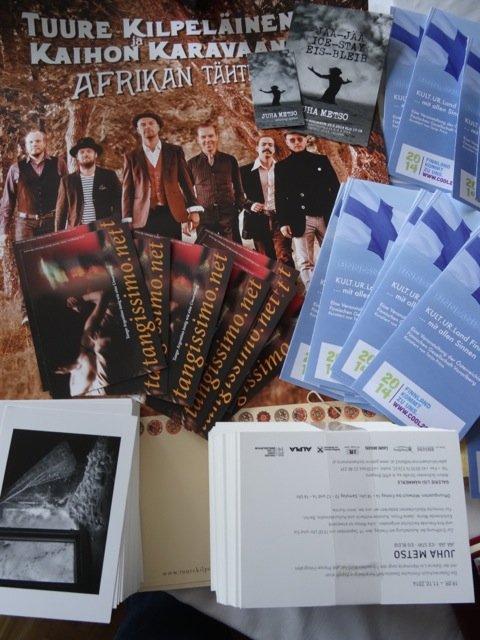 Finnland.cool Österreich: Vorbereitungen: Plakate, Flyer, Postkarten (Copyright: Tarja Prüss)