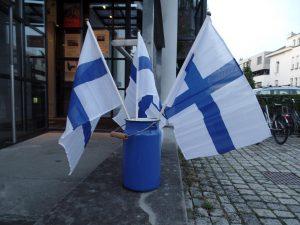 Finnische Fahnen