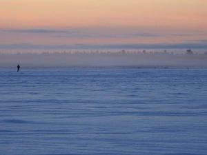 Auf dem Ylläsjärvi am Morgen - Finnland (Foto © Tarja Prüss)