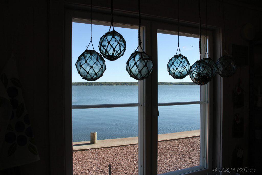 Blick aus Fenster, Aland, Finnland © Tarja Prüss