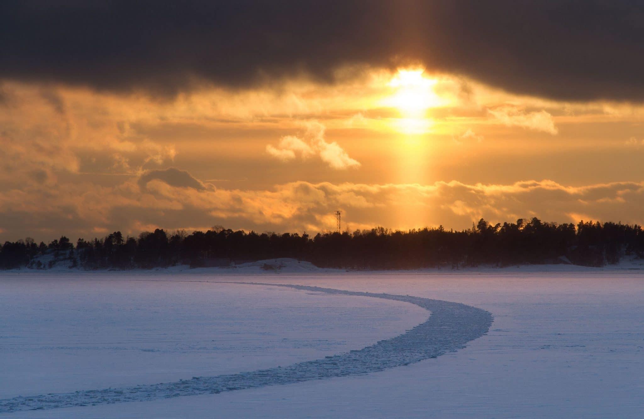 Helsinki im Winter: Sunset am Meer ©Foto: Tarja Prüss   Tarjas Blog - Alles über Finnland