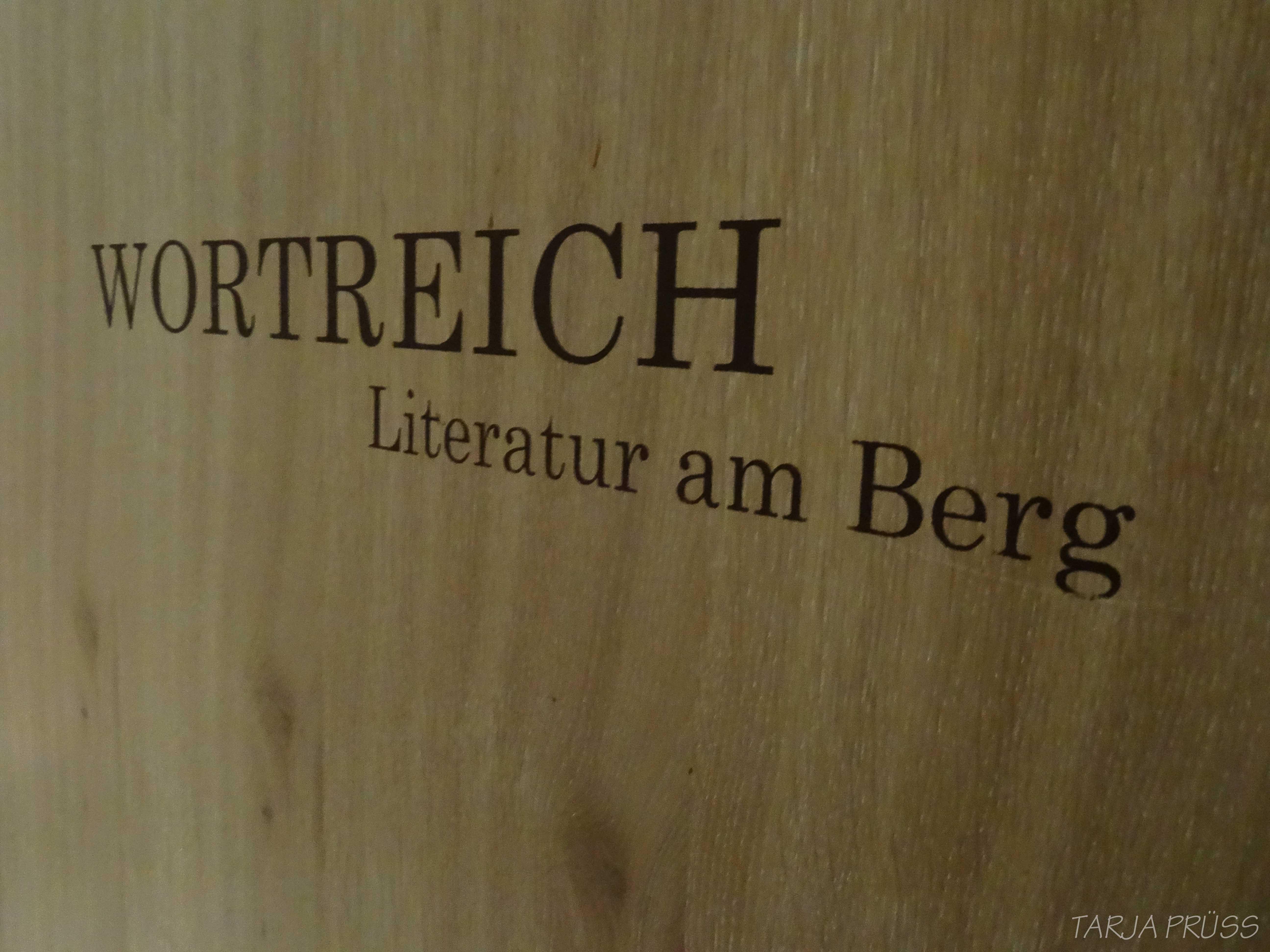 Hotel Hochschober. Bibliothek. Turracher Höhe. Österreich ©Tarja Prüss | Tarjas Blog