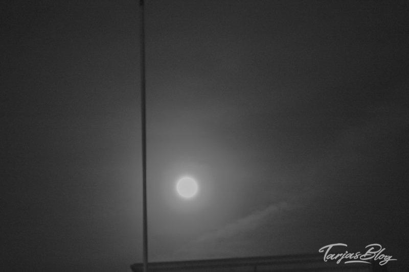 full moon 3