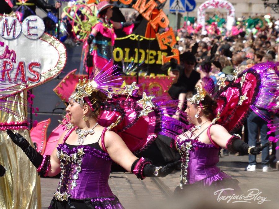 Tänzerinnen beim Umzug ©FOTO: Tarja Prüss