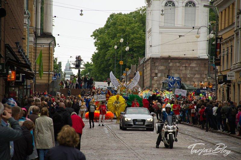 Samba Umzug Helsinki Finnland @Foto: Tarja Prüss