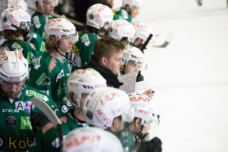 Eishockey: EC Bregenzerwald: mit Trainer Jussi Tupamäki ©Foto: Tarja Prüss | tarjasblog.de