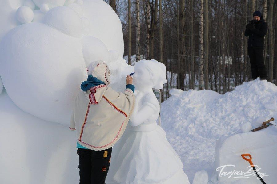 schneeskulptur bearbeiten oulu