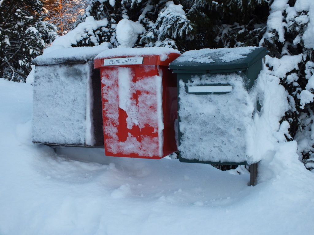 Zugefrorene Briefkästen Enontekiö Lappland Winter ©Foto: Tarja Prüss | Tarjas Blog - Reiseblog Finnland