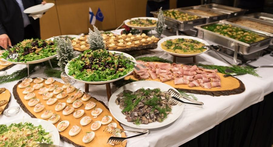 Finnisches Buffet mit Lachs, Piirakka etc @ Tarjas Blog - Alles über Finnland