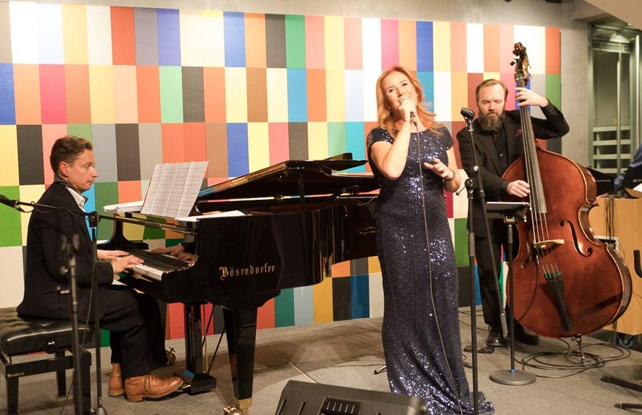 Milana Misic und Band in der finnischen Botschaft in Berlin @ Tarjas Blog - Alles über Finnland