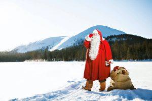 Weihnachtsmann - Joulupukki im Schnee ©VisitFinland