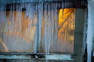Eiszapfen in Helsinki im Winter ©Tarja Prüss   Tarjas Finnlandblog