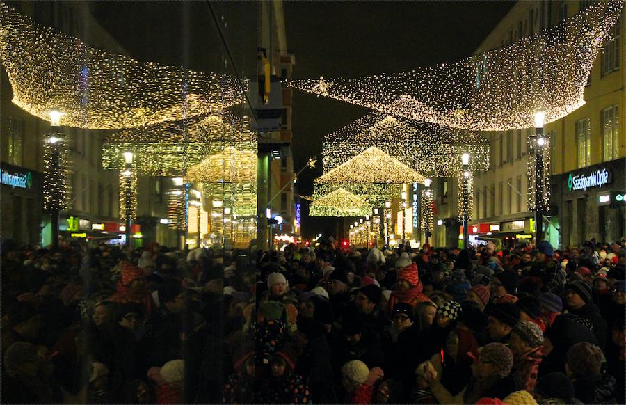 Weihnachtstlichter in Oulu @Tarja Prüss - Tarjas Blog